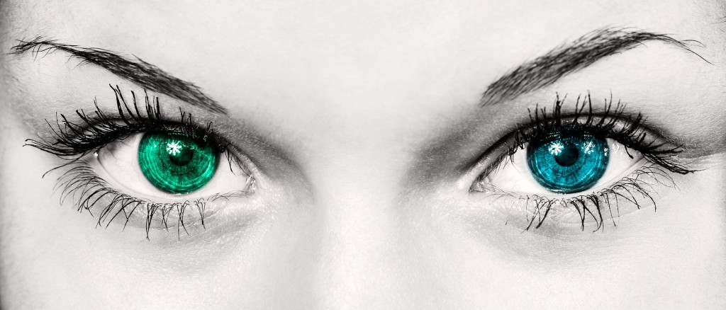 eyes-586849_1920