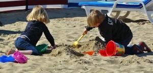 children-playing-329234__180